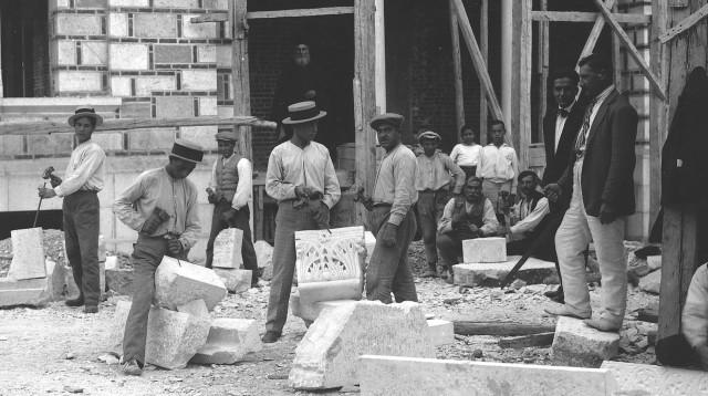 Εργασίες κατασκευής του Αγίου Νικολάου (~1930) Φωτο Κ. Ζημέρη, αρχειο ΔΗ.Κ.Ι